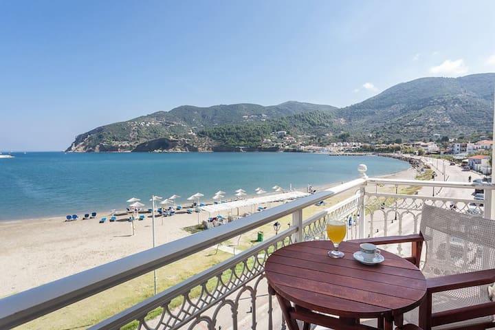 Skopelos Mon Repos room in front of the sea 1