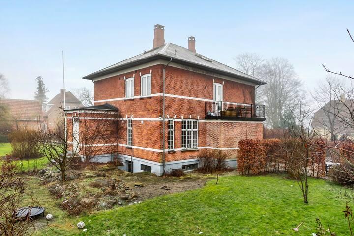 Villalejlighed i det smukke Roskilde - Roskilde - House