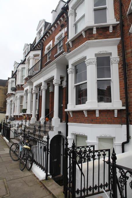 Raised ground floor flat