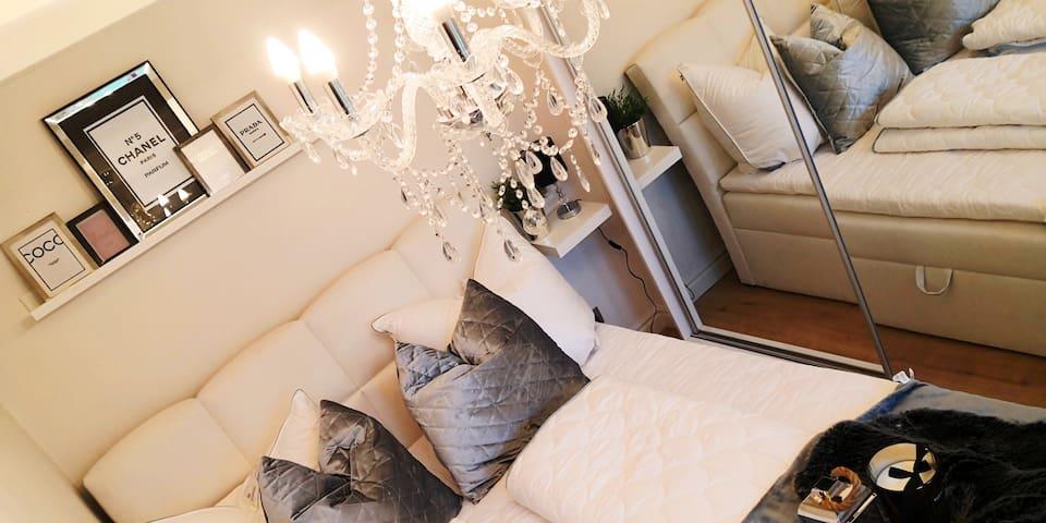 Luxusdomizil am See in Stuhm (Sztum) Schlafzimmer I