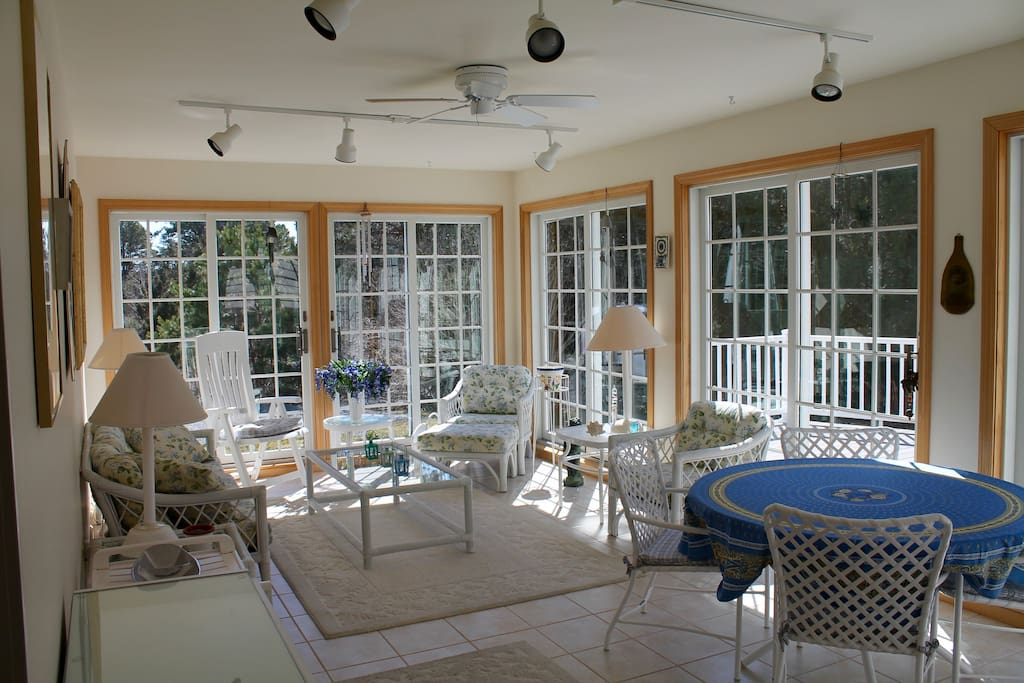 "Screened Sun Room with sliding doors to large deck  ""...a great sun/screen room; and a lovely porch. "" Anneliese"