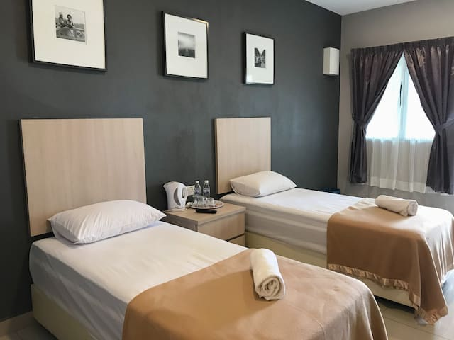 Sri Bayu Superior Twin Room.1 - Beachview