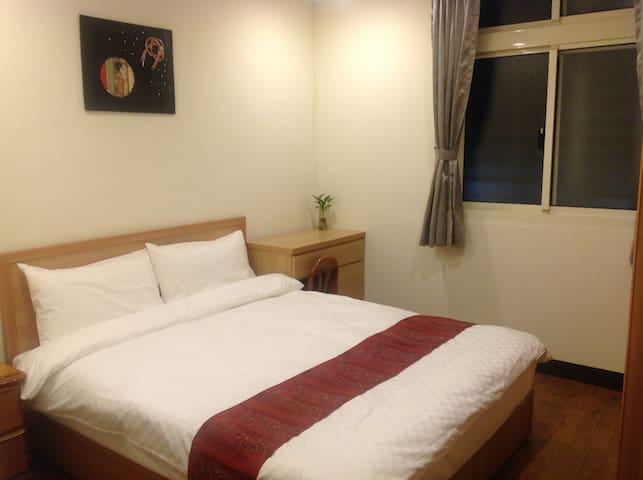 BED 150cmx190cm Soft mattress ( pocket coil )