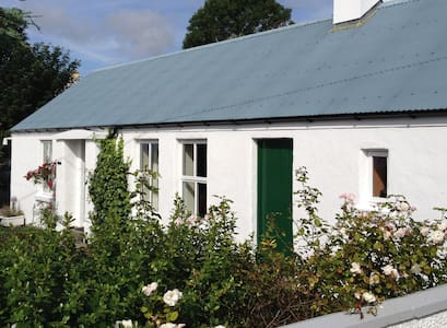 Charming cottage with sea view - Greencastle - Dom