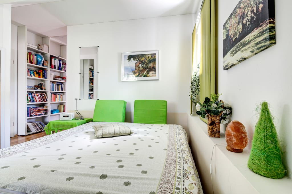 ideal for trade fair visitors h user zur miete in markt. Black Bedroom Furniture Sets. Home Design Ideas