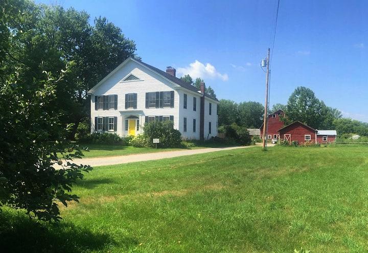 Farm Stay near Middlebury (room 1)