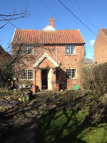 Cosy Cottage in the heart of Suffolk. - Suffolk - บ้าน