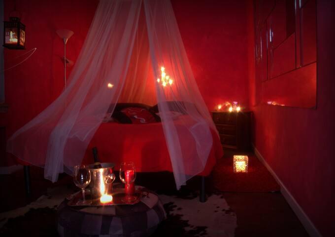 camera matrimoniale  Rossa