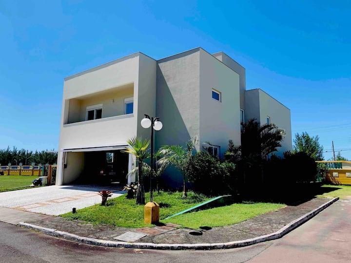 450m2 house in closed condominium
