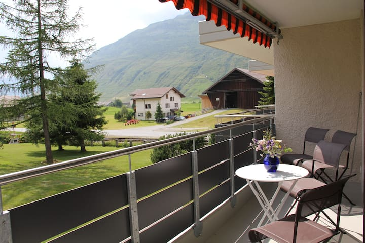 Modern flat with beautiful views - Andermatt - Appartement