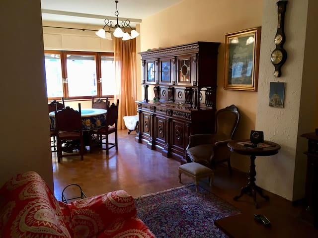 Via Medail's flat, Bardonecchia city center. - Bardonecchia - Wohnung