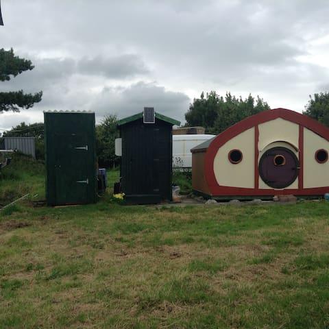 The Hobbit Hut