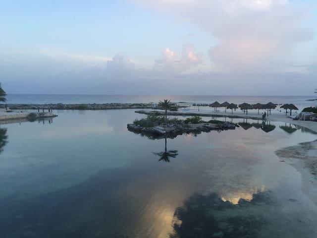 Lagoon, Beach, Ocean & Good Vibes - Puerto Aventuras - Byt