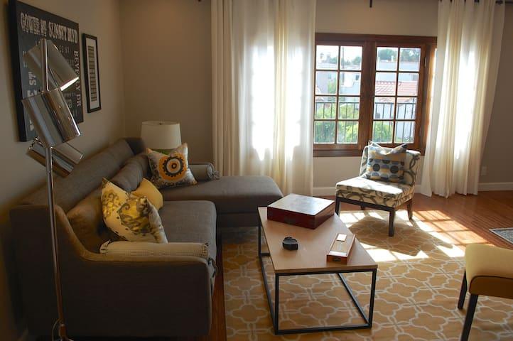 1920s duplex 21st century amenities