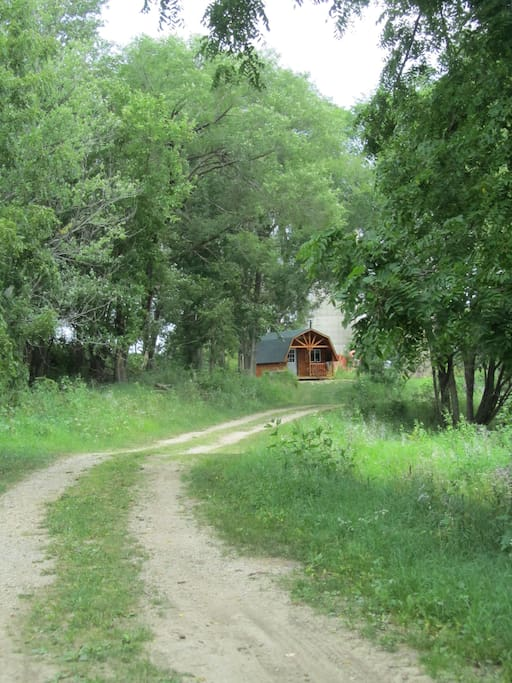 Drive in to the secluded cabin