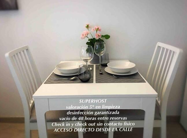 Coqueto estudio para dos en Posada, ideal parejas.