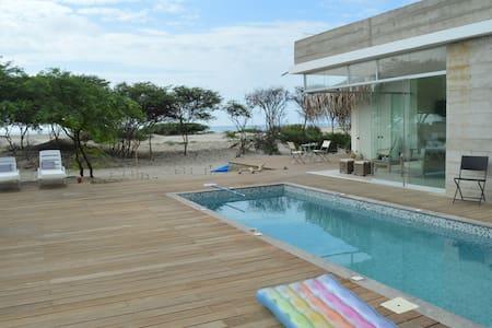 Casa de lujo en Vichayito