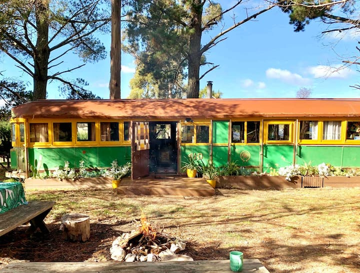 Retro tram and cottage 5 mins from Kyneton