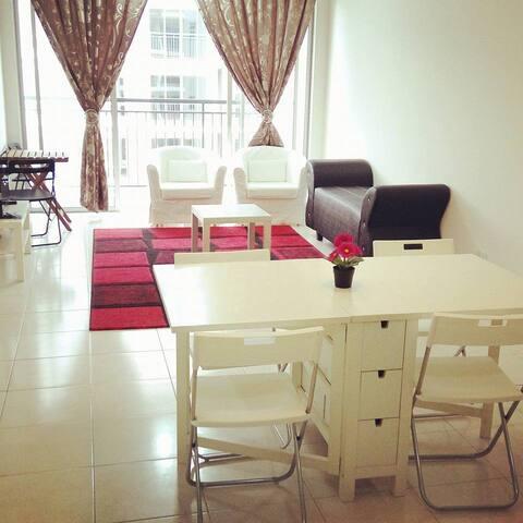 Bangi Hijauan Heights Service Apartment UKM GMI - Kajang