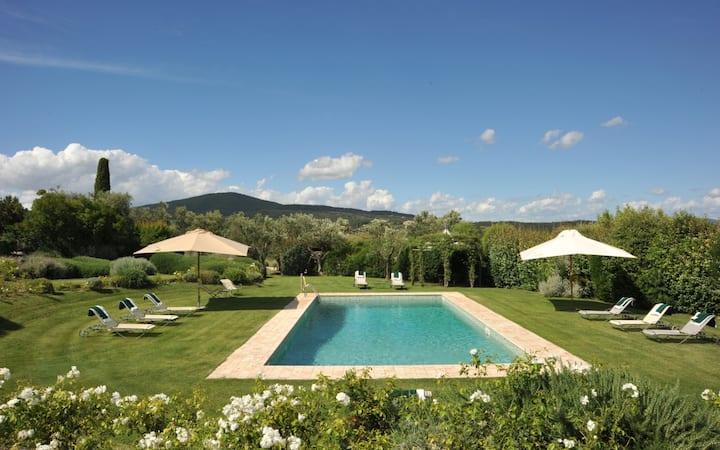 Luxury villa Rosabianca