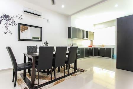 Shamrock Beach Penang Villa 20 - Tanjong Bungah