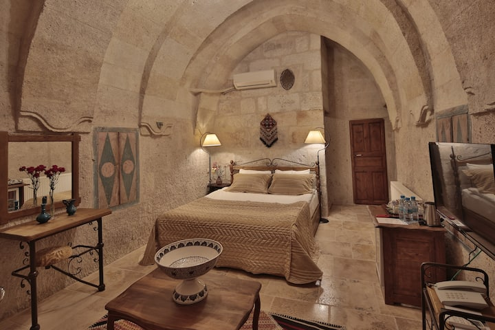 5 Pax Family Suite In Goreme With Pool & Breakfast