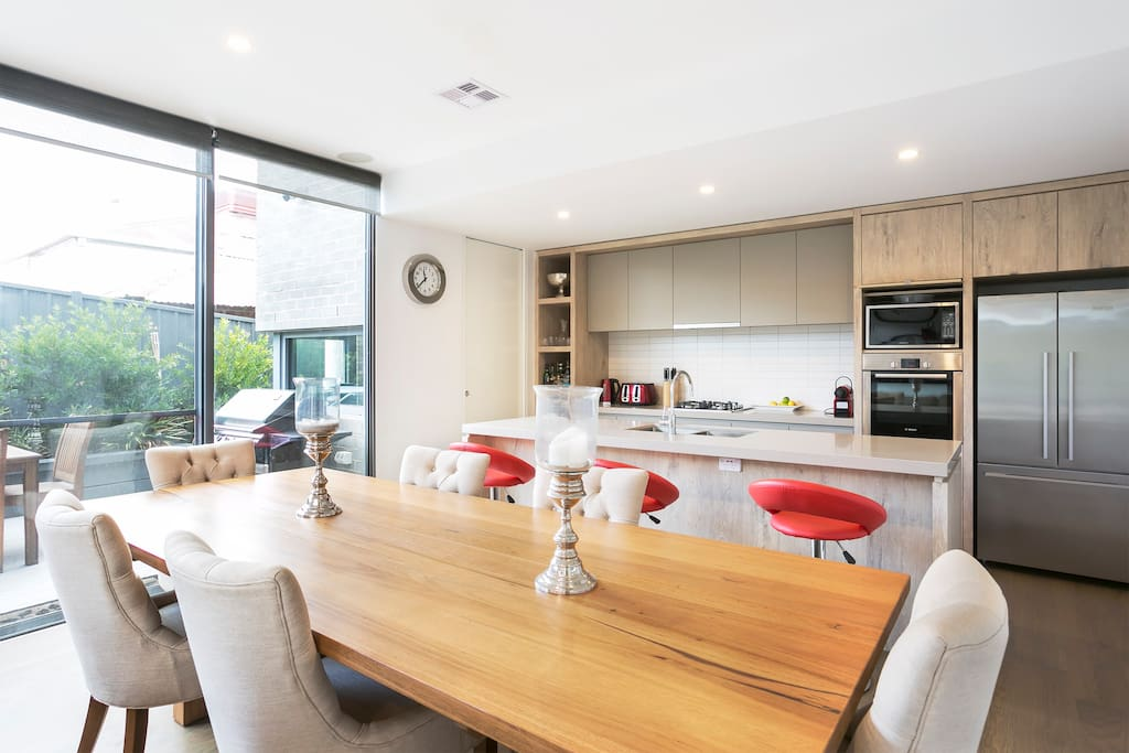 Combined dining room /kitchen