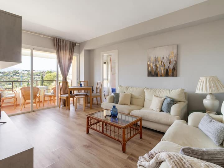 Aloha tower's apartment close to Puerto Banus
