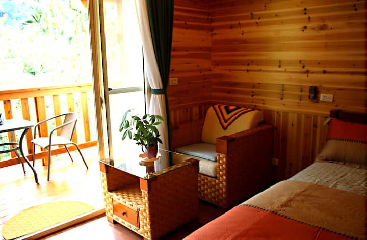 日月潭旅人小屋Cabin is located SunMoonLake