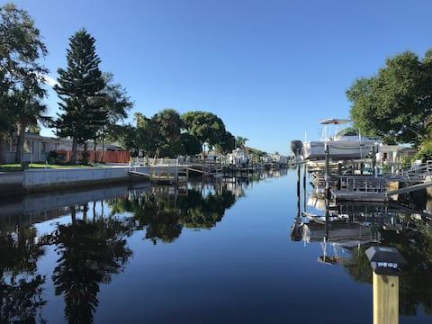 Waterfront Retreat: 'Pelican Landing' at Sea Ranch