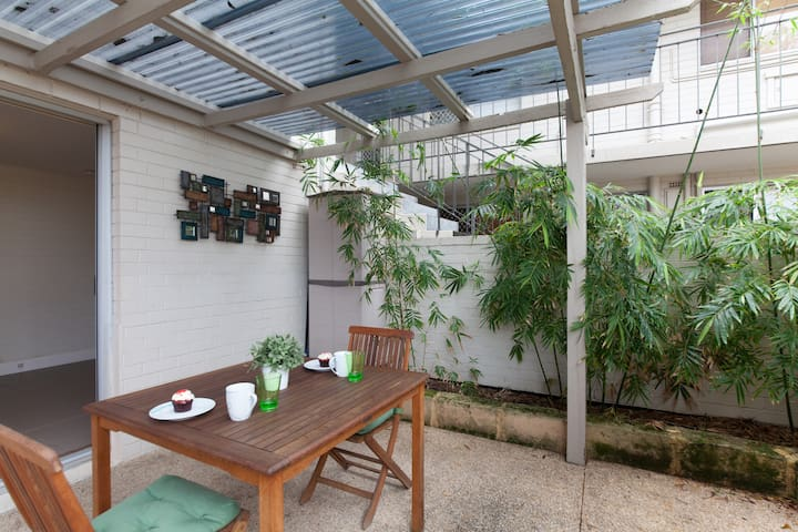 H5 Cosy close to UWA, SCGH &  City walk to shops! - Shenton Park