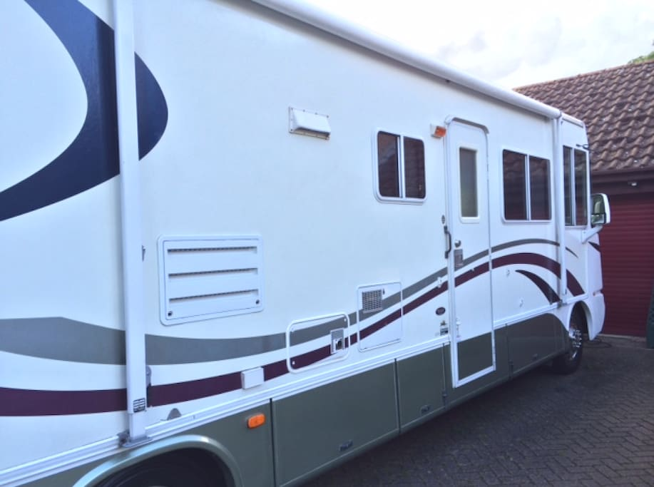 Damon Daybreak - great condition with all the comforts you could possibly wish for