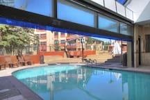 There are a ton of resort amenities including this well kept pool!