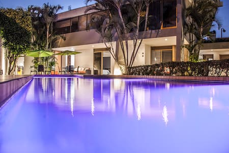 Hotel boutique con Alberca y WIFI - Guadalajara