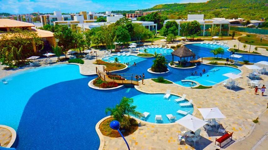 Acesso ao ILOA FAMILY CLUB, podendo utilizar de toda a estrutura do Resort.