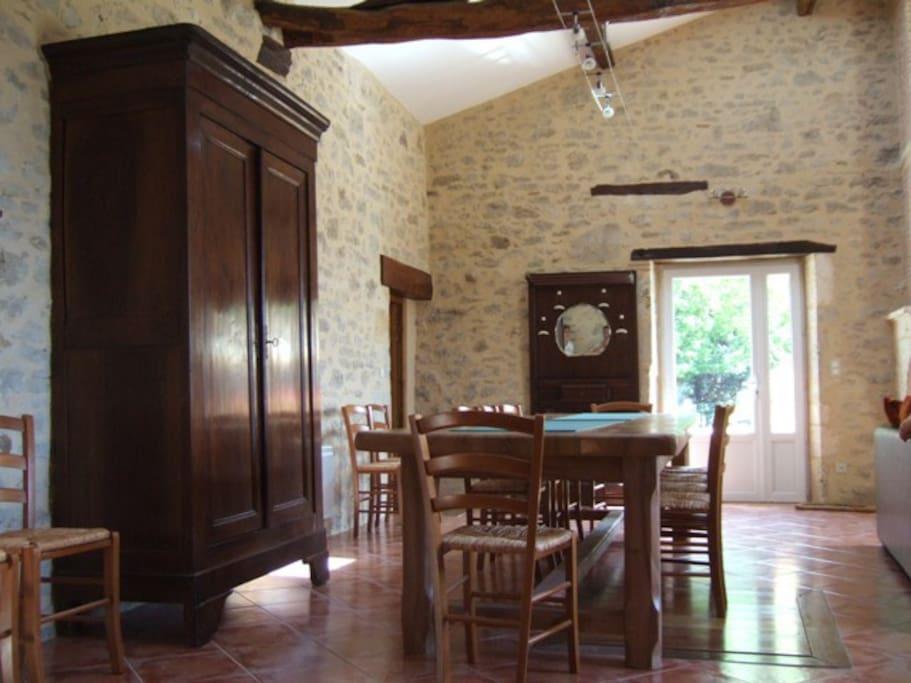 espace repas grande salle