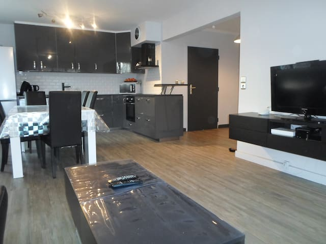 apartment  3 rooms , 80m2 (15 min to GENEVA) - Annemasse