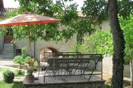 Romantisch wohnen, Natur geniessen  - Rocca Cigliè - Talo