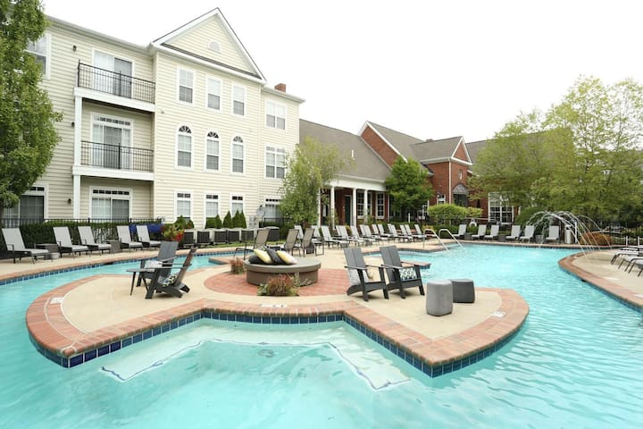 Perfect Location and Ideal Amenities