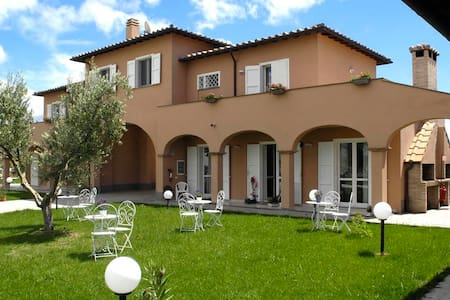Agriturismo Pian di Spille Golf - Bed & Breakfast