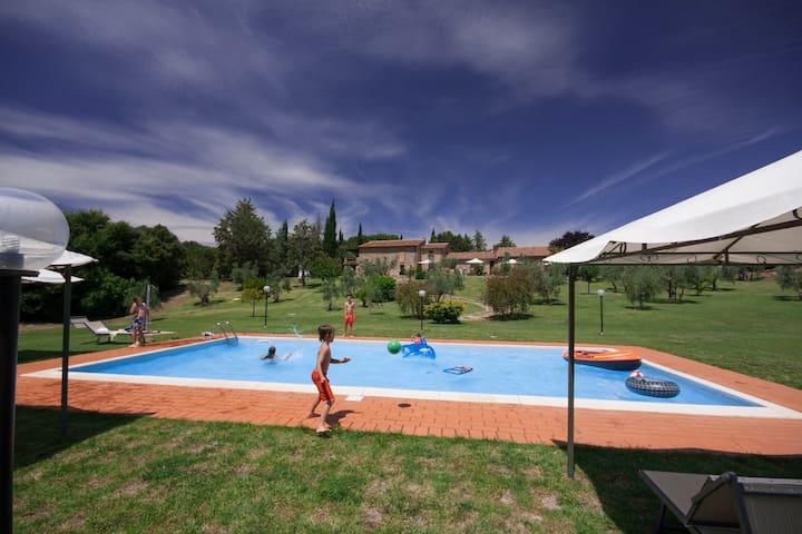Appartamento Bilocale A con piscina - Massa Marittima - Apartment