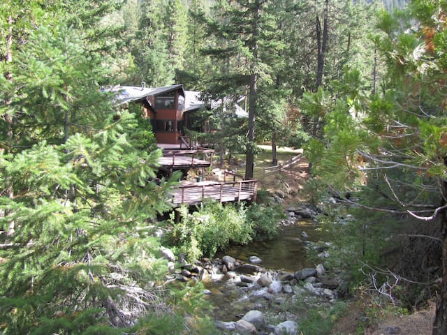 Namaste Hot Springs House at Flowing Waters OPEN