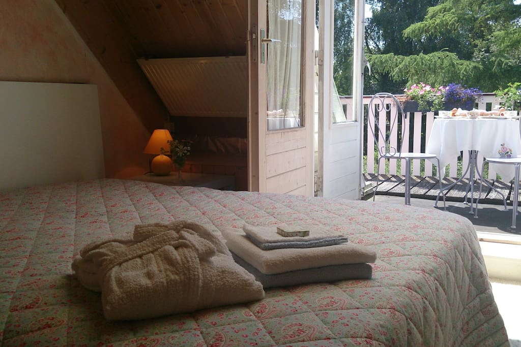 Kamer met balkon bed breakfasts for rent in valthermond drenthe netherlands - Bed kamer ...