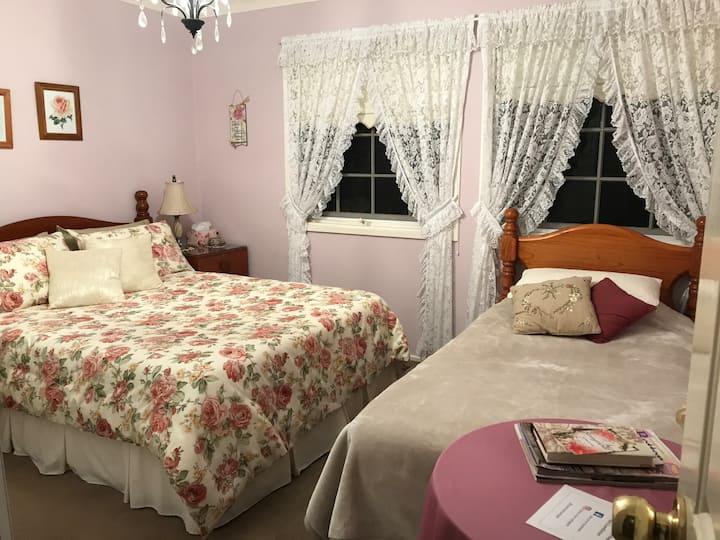 Cumnock Rose Room