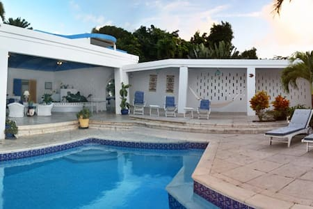 St. Croix: Luxury Caribbean Villa - St. Croix - Villa