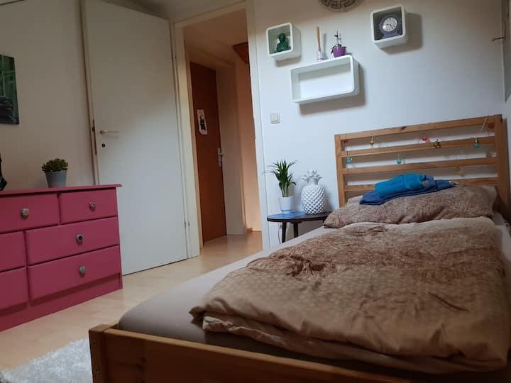 Kleines, gemütliches Zimmer in Dornbirn