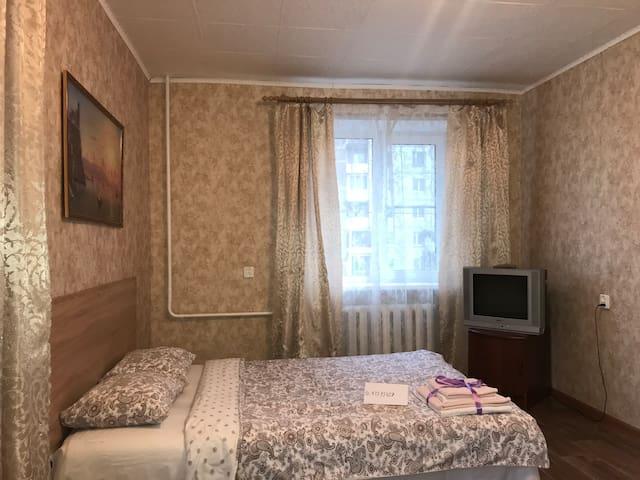 Основное спальное место 140/200 см , телевизор , Wi-fi