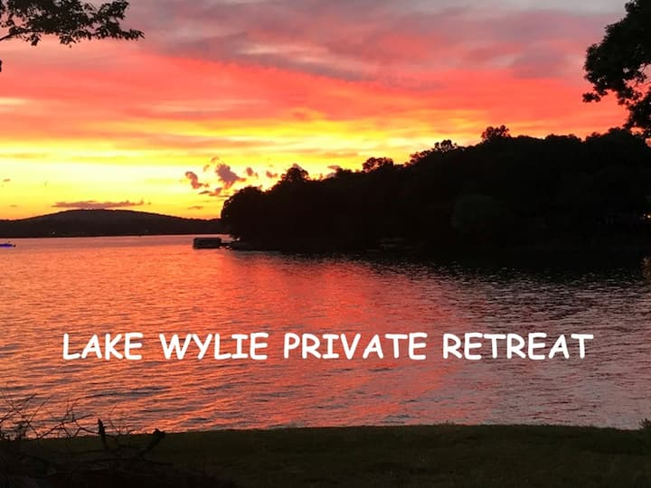 Lake Wylie waterfront 2BR house