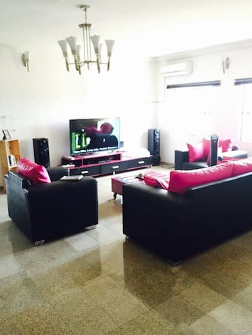 Ensuite Furnished Double Room in GRA, Ikeja. - Ikeja