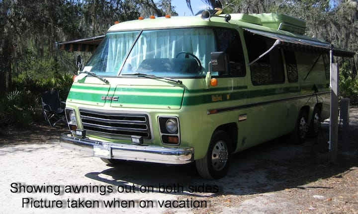 Retro/Chic GMC RV ~ Lambton Shores/Grand Bend On